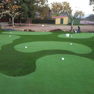 Campo deportivo de Golf del Camping la Vera, campo de golf y mini golf