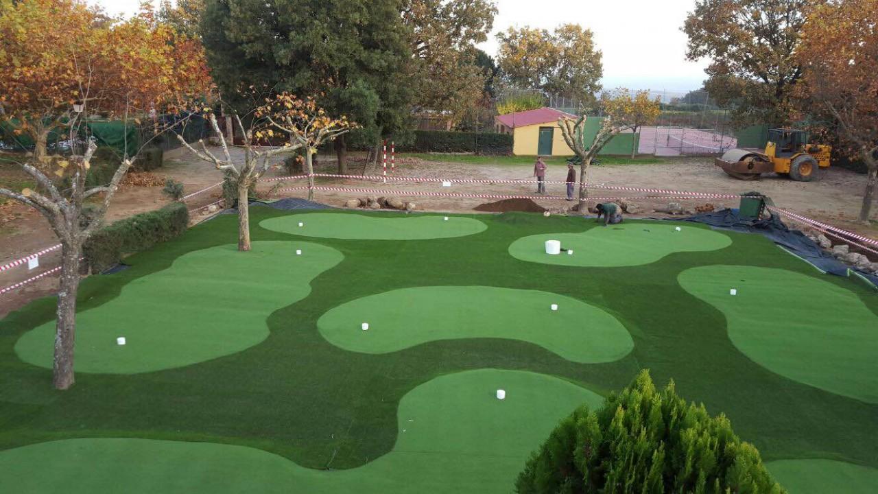 Presupuesto campo mini golf