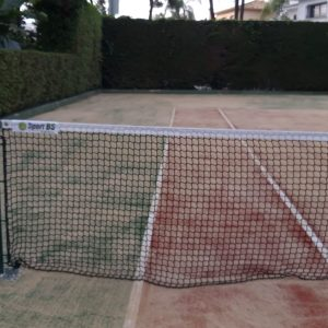 Pista de tenis de césped artificial