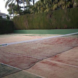 Construcción de cancha de tenis