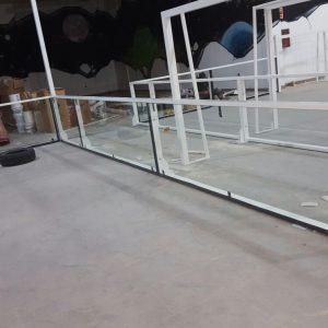 Instalación de cancha de fútbol de césped artificial