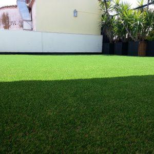 jardines de césped artificial