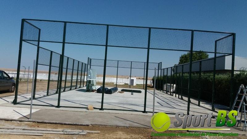 Estructura pista de pádel, descubre los precios de construcción de nuestras pistas de pádel