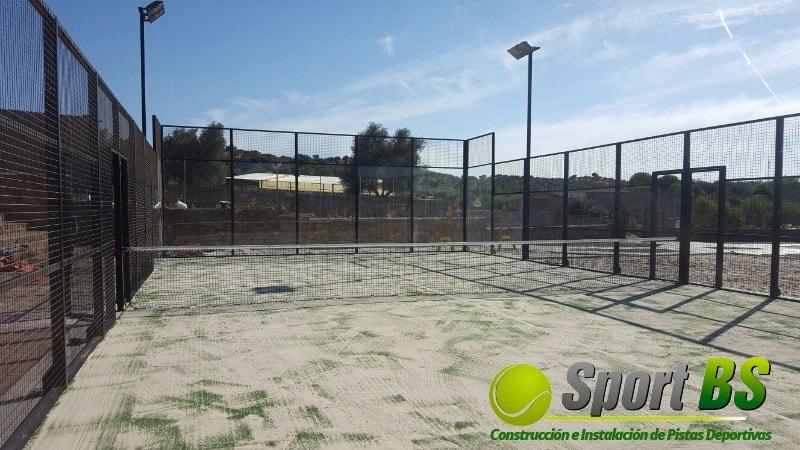 Instalación pista de pádel de césped artificial, pista de pádel modelo Sport BS