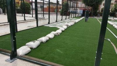 Pavimentos césped artificial para pistas de pádel, hormigón césped sintético...